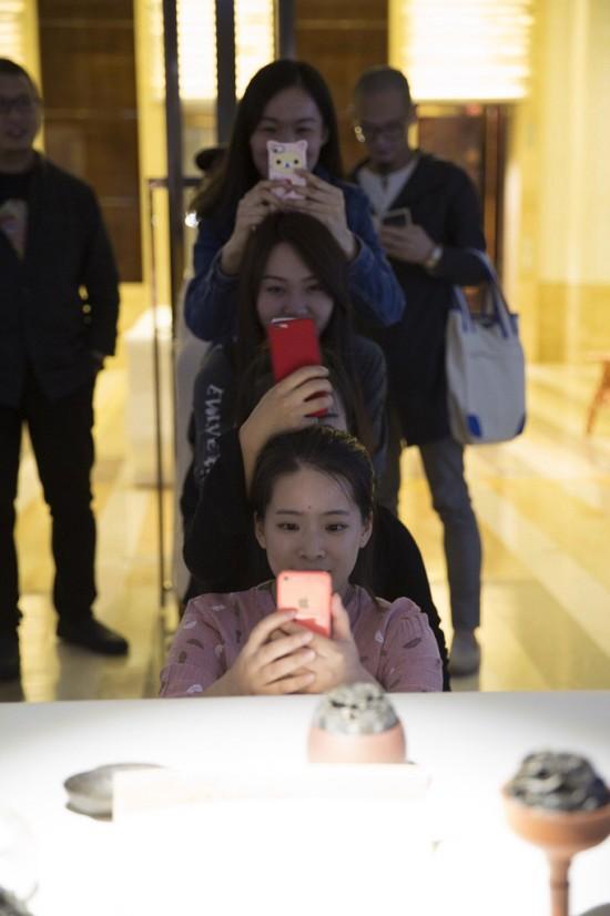 2016-10-01-113721  Beijing Design Week at the Four Seasons 2016 10 01 113721