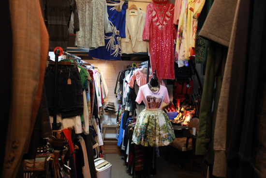 Shanghai Shopping, French Concession, Secondhand Store, Pawnstar, Shanghai Consignment Shop live appearances 上海最好的二手店:荡铺 IMG 8971