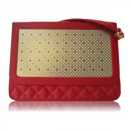 red-quilted-crystal-shoulder-bag_1332499904_3 Capturing the Style Zeitgeist Capturing the Style Zeitgeist red quilted crystal shoulder bag 1332499904 3