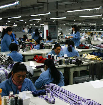workers-at-babei  Men's Style Column Moves to China International Business workers at babei1